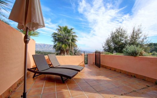 GROUNDFLOOR APARTMENT IN LA MAIRENA